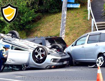 park halinde kaza, park halindeki araca çarpma, park halindeki araç kazaya karışırsa,